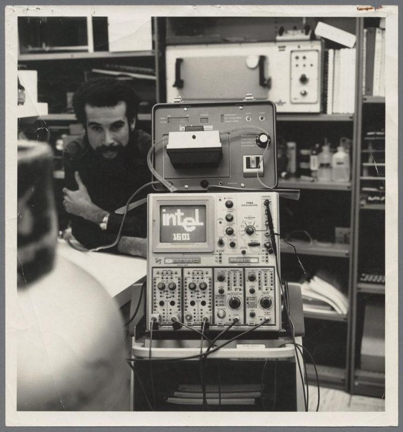 Dov Frohman-Bentchkowsky, 1971.  © Intel Museum/Intel Corporation via Calisphere