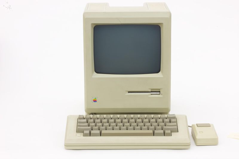 Macintosh, 1984. Collection of the Computer History Museum, 102756924, 102756926, 102756927. Photo ©Mark Richards
