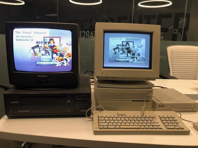 Visual Almanac software running on a Macintosh computer and Pioneer LaserDisc player. Restoration by the Software History Center at the Computer History Museum's Shustek Center in Fremont.
