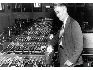 Vannevar Bush (1890–1974) with his differential analyzer, ca. 1930