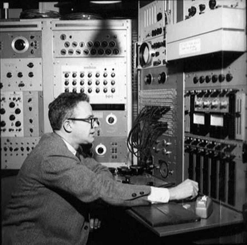 Algorithmic Music – David Cope and EMI - CHM