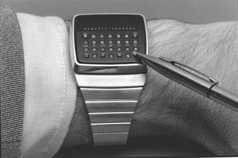 The HP-01 Wrist Instrument required a stylus to press the tiny keys