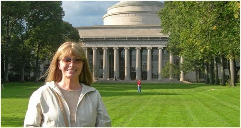 Lynn Conway at MIT in 2008, commemorating the VLSI design course she launched there 30 years before.