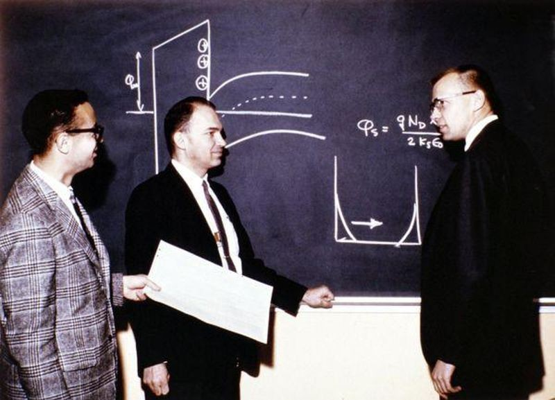 Andy Grove, Bruce Deal, and Ed Snow discuss MOS technology at the Fairchild Palo Alto R&D Laboratory, 1966.