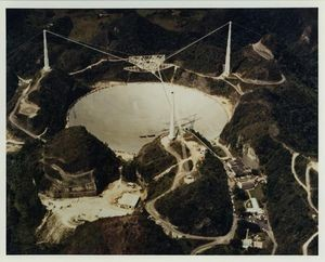 Aerial view of the Arecibo radio telescope, the world's largest, after a major upgrade circa 1998. CHM# 102651964/Courtesy of NASA Ames