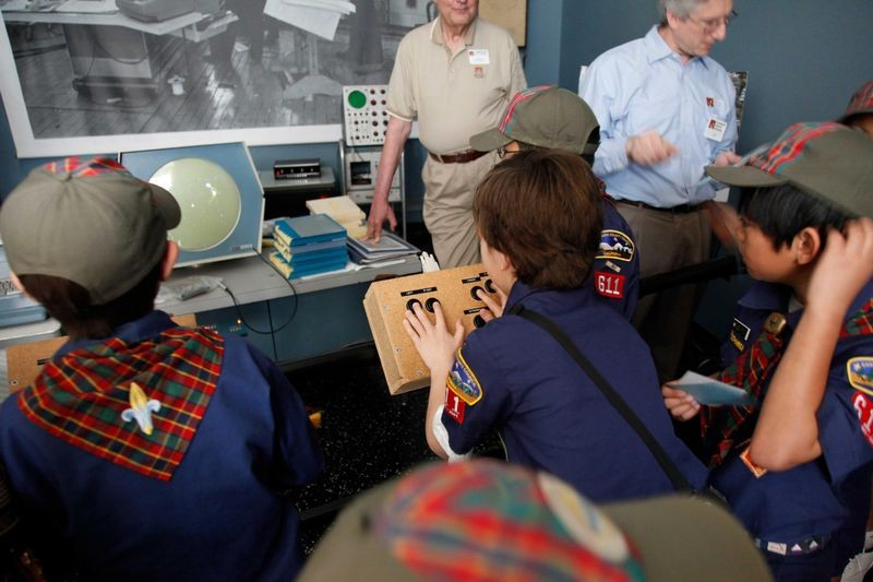 A Scout Tour hosted by the PDP-1 Restoration Team shows just how much fun a younger generation can have with an old computer.