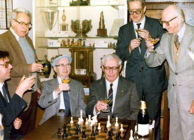 Chess legends meet at the Manhattan Chess Club