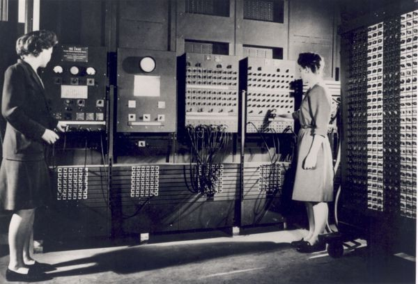 ENIAC (Electronic Numerical Integrator and Computer)