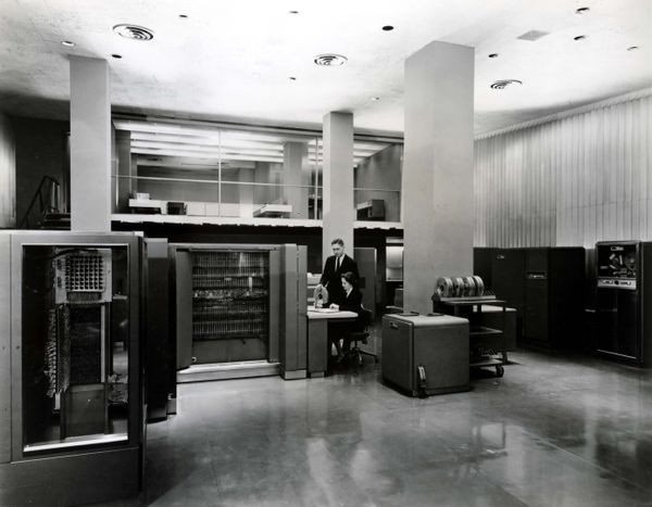 IBM 704 Electronic Data Processing System installed at IBM World Headquarters, 590 Madison Avenue, New York, NY
