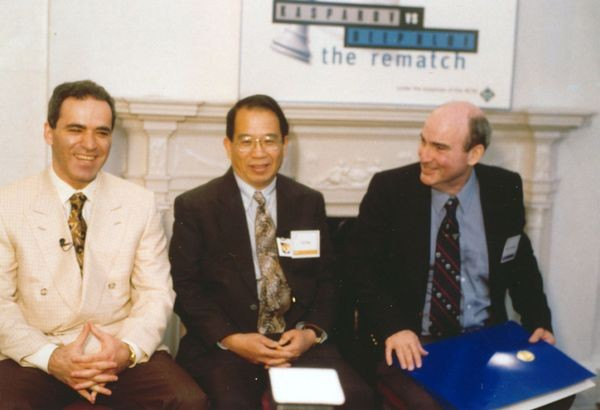 Garry Kasparov, C.J. Tan, and Monroe Newborn at the 1997 Deep Blue vs Kasparov re-match press conference