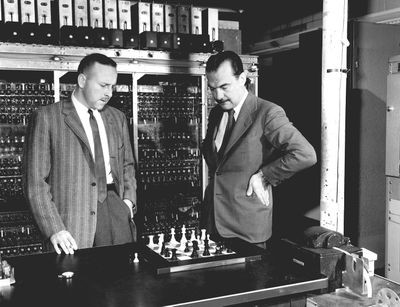 Los Alamos scientisits Paul Stern (left) and Nick Metropolis playing chess with the MANIAC computer