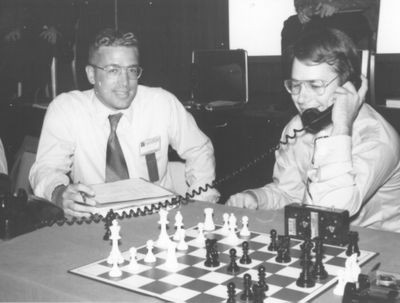 Genie vs Schach at the 2nd North American Computer Chess Championship in Chicago, Illinois