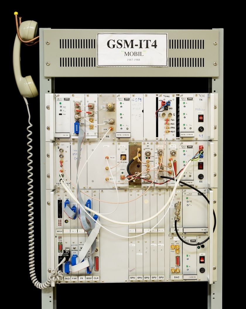 GSM mobile phone, functional prototype, late 1980s