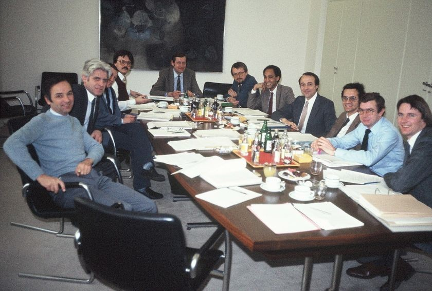 GSM meeting endorsing SMS proposal, Oslo, Norway, 1985