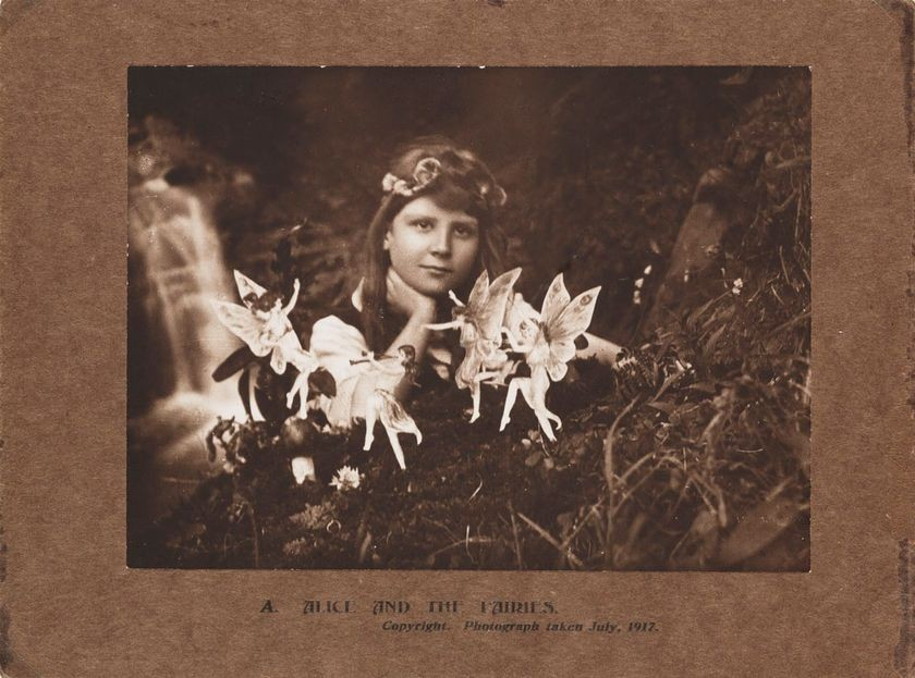Elise Wright, <em>Alice and the Fairies</em>, July 1917
