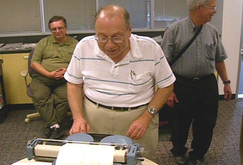 Alan Kotok writes a program using DDT on a Soroban typewriter during the Computer History Museum PDP-1 restoration project