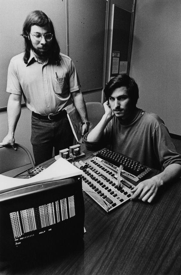 Steve Jobs and Steve Wozniak with the Apple-1 computer ...