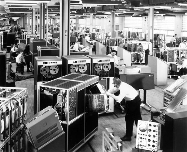 Assembly Of Ibm 1401 Computers
