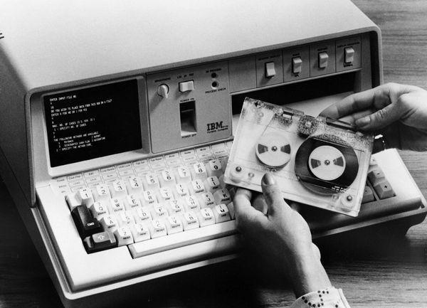 IBM 5100 portable computer - CHM Revolution