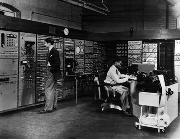 "MIT Shuts Down ""Whirlwind"" Computer"