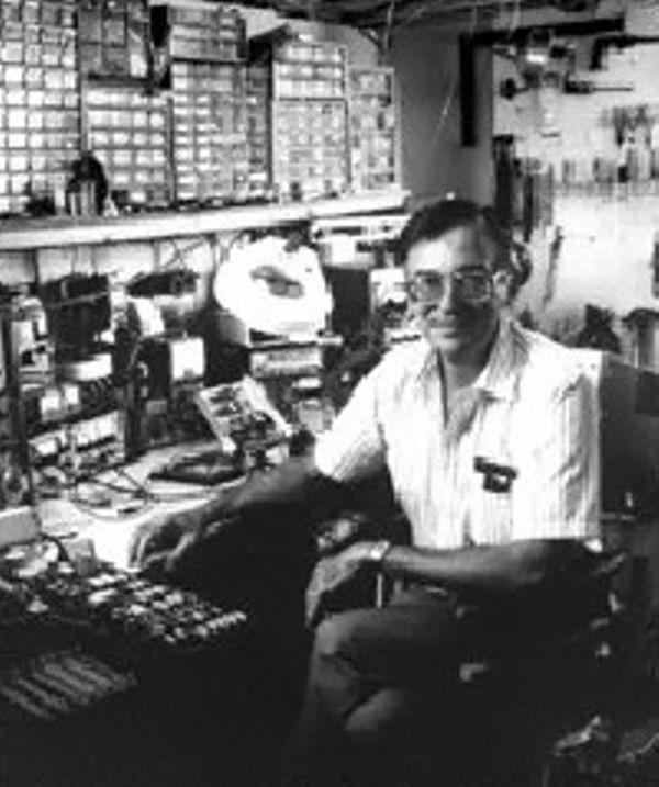 Microprocessor Co-Inventor Hoff Born