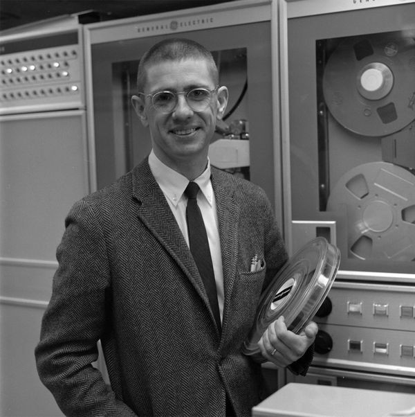 BASIC Co-Inventor Thomas Kurtz Born
