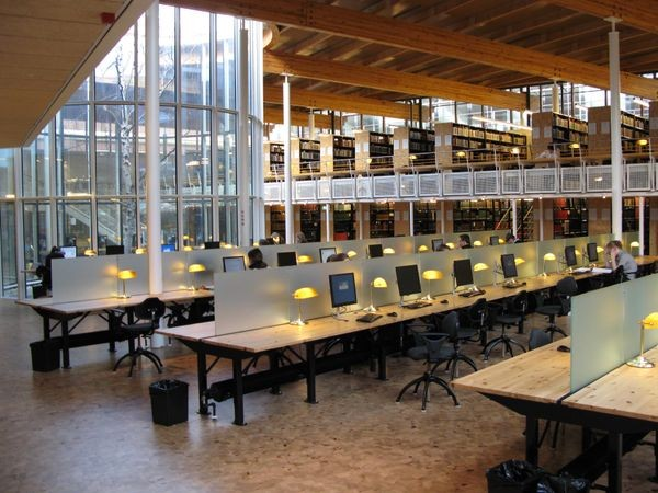 Electronic vs. Paper Books in SF Library