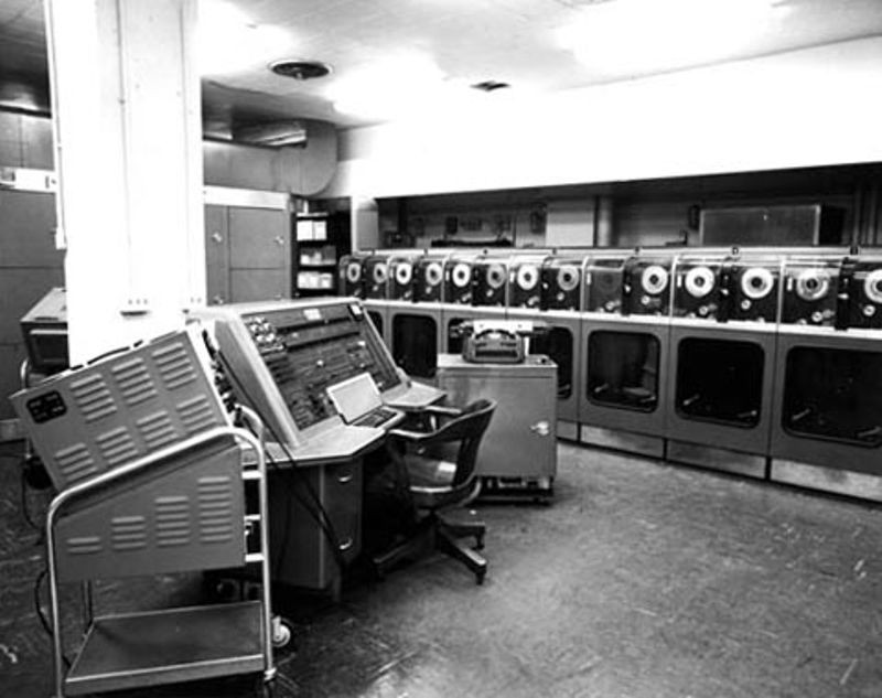 "<h2 class=""title"">First Univac 1 delivered to US Census Bureau</h2>"