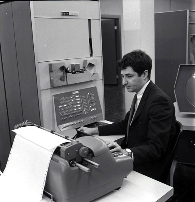 "<h2 class=""title"">DEC PDP-1 introduced</h2>"