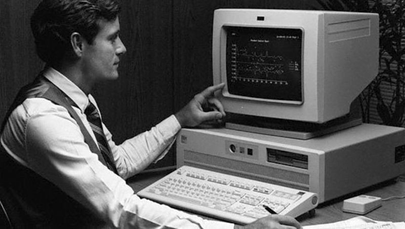 introduction of personal computers in 1970s Renewable energy / 1970s-2000+ renewable energy is the generation of electricity from a source that is always available, such as wind, sun or water environmental concerns and climate change prompted the introduction of subsidies for renewable energy technology.
