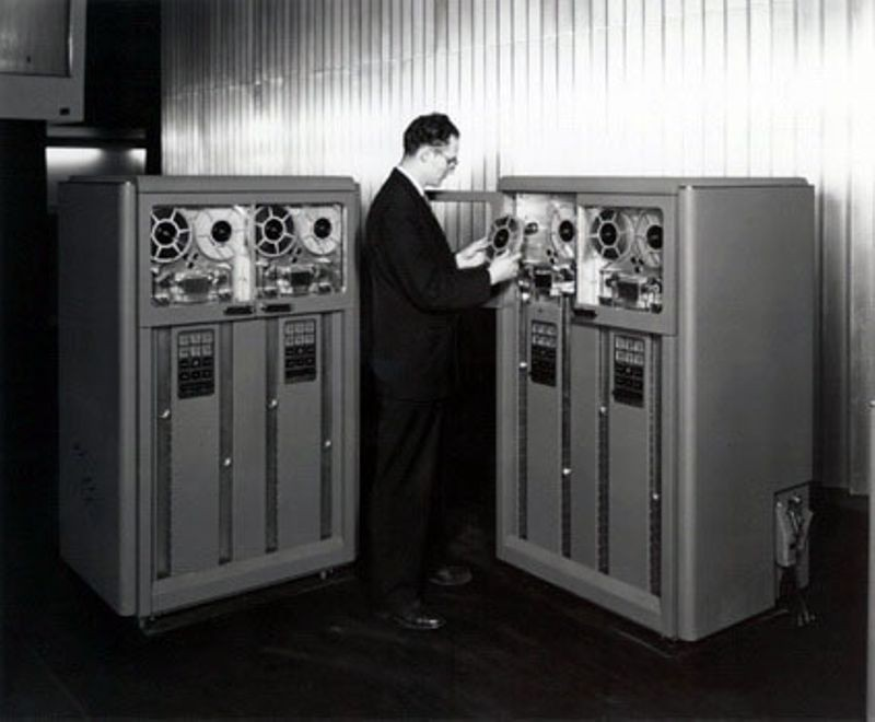 """<h2 class=""""title"""">IBM 726 Magnetic tape</h2>"""